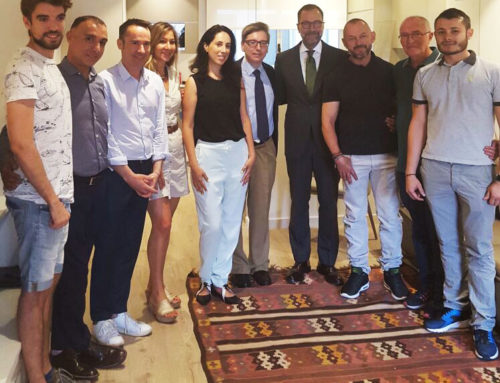 El Excmo. Sr. Embajador de los EEUU James Costos, visita la Fundación Eddy-G